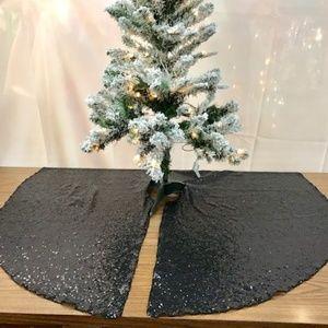 Decorative Sequins Christmas Tree Skirt